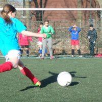 Finale schoolvoetbal toernooi bij Desto op 25 april